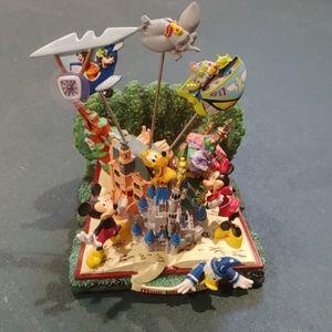 Magic Kingdom photo clip holder